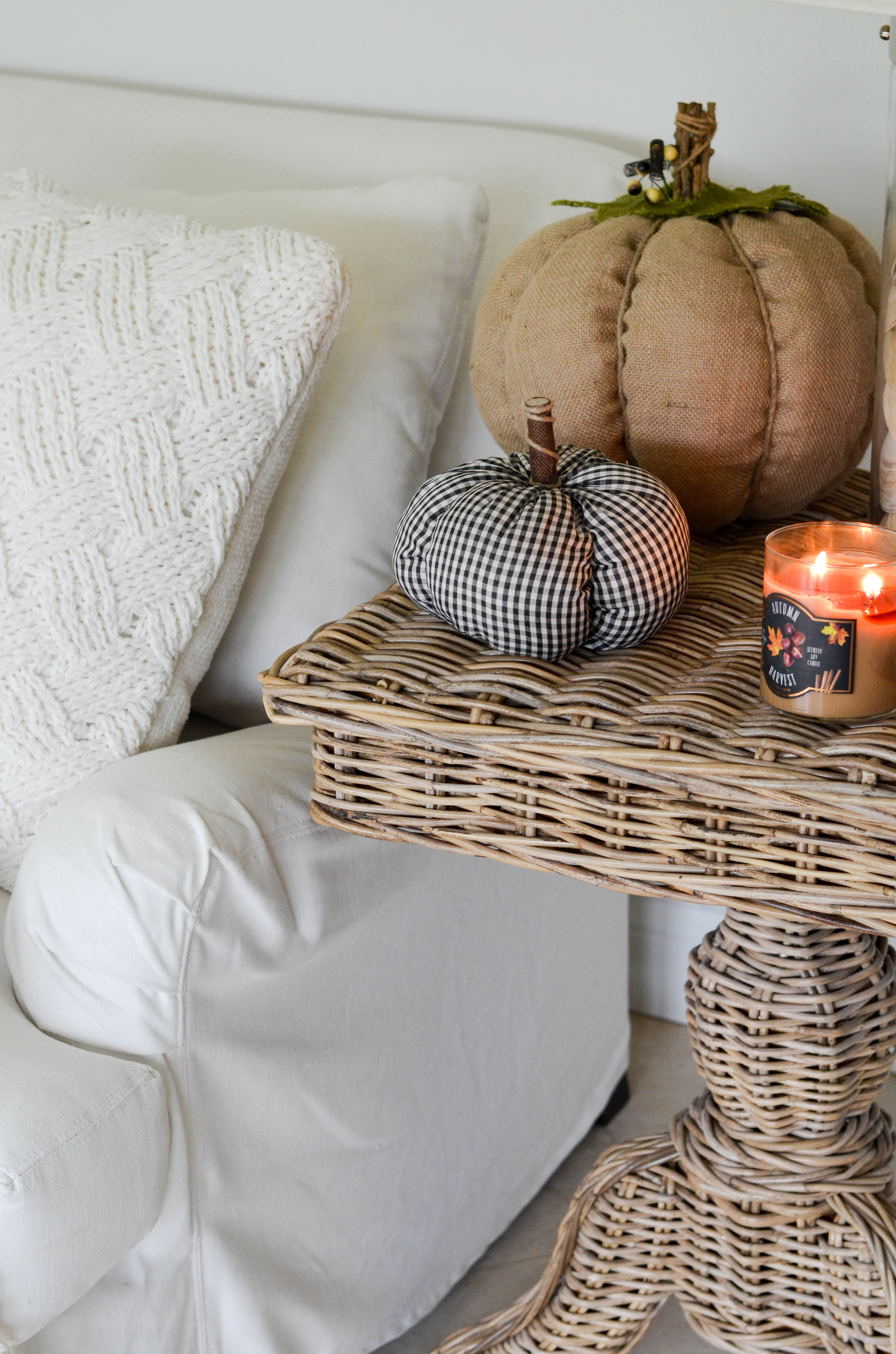 How To Keep A White Slipcovered Sofa Clean Beautifully